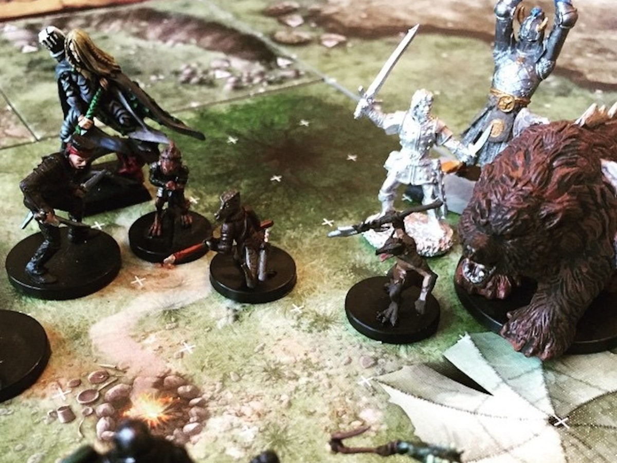 The characters fight kobolds and dragon cultists